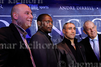 Wednesday,Berlin,Germany,O2-Arena,Germany<br /> Taylor`s Promoter Lou DiBella (l) with Taylor,Abraham and Abhaham`s Promoter Wilfried Sauerland.<br /> super middleweight tournament part one:.Arthur Abraham vs Jermain Taylor, SUPER SIX press conference in Berlin..