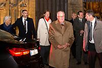 Le roi Albert II de Belgique et la reine Paola de Belgique assistent à un concert  de gala  de la Fondation Reine Paola,  à la Cathédrale Notre-Dame d'Anvers..<br /> Le roi Albert II devra tout prochainement se soumettre à un test ADN. La justice «ordonne» à Albert II de réaliser un test ADN: une décision inédite dans l'histoire monarchique, afin de définir si il est bien le père biologique de Delphine Boël.<br /> Belgique, Anvers, 30 novembre 2018.<br /> King Albert II of Belgium and Queen Paola of Belgium attend a gala concert of the Queen Paola foundation.<br /> Belgium, Antwerp, 30 November 2018