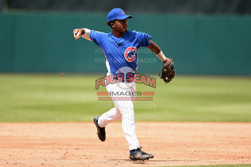Jade Williams-Salmon (8) of David Suzuki Secondary School in Brampton, Ontario playing for the Chicago Cubs scout team during the East Coast Pro Showcase on July 31, 2014 at NBT Bank Stadium in Syracuse, New York.  (Mike Janes/Four Seam Images)