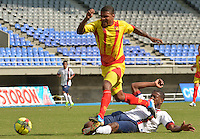PEREIRA -COLOMBIA -02-03-2014. Deportivo Pereira perdió como local ante Unión Magdalena por marcador de 1-2 por la fecha 7 del Torneo Postobón 2014 I de Ascenso jugado en el estadio Hernán Ramírez Villegas de las ciudad de Pereira./ Deportivo Pereira lost as a local with Union Magdalena by score of 1-2 for the seventh date of Postobon Tournament 2014 I played at Hernan Ramirez Villegas stadium in Pereira city.  Photo: VizzorImage/STR