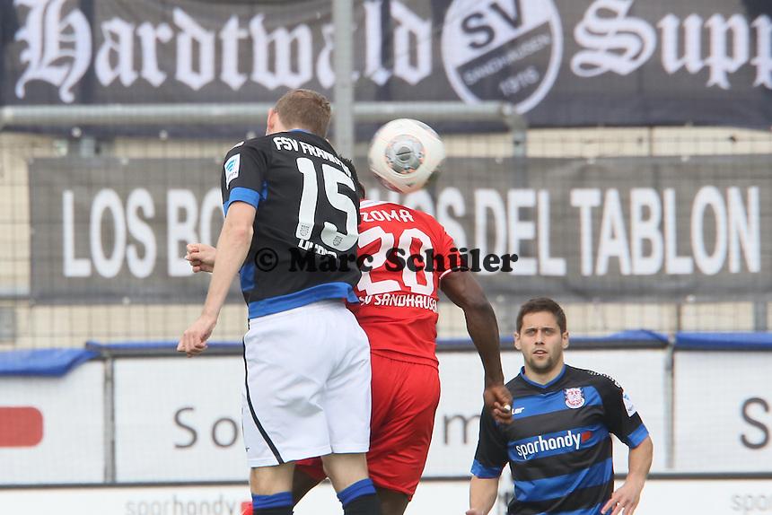 Alexander Huber (FSV) gegen Eke Uzoma (SVS) - FSV Frankfurt vs. SV Sandhausen, Frankfurter Volksbank Stadion