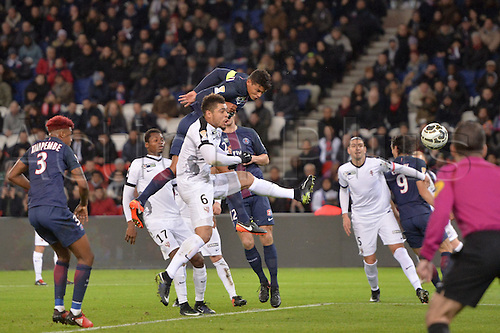 11.01.2017. Paris, France. French league cup football, Paris Saint Germain versus FC Metz.  02 THIAGO SILVA (psg)beats Simon FALETTE (metz) to the header and scores for PSG