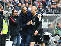 Trainer Adi Hütter (Eintracht Frankfurt) mit Sebastian Rode (Eintracht Frankfurt) - 27.04.2019: Eintracht Frankfurt vs. Hertha BSC Berlin, 31. Spieltag Bundesliga, Commerzbank Arena DISCLAIMER: DFL regulations prohibit any use of photographs as image sequences and/or quasi-video.