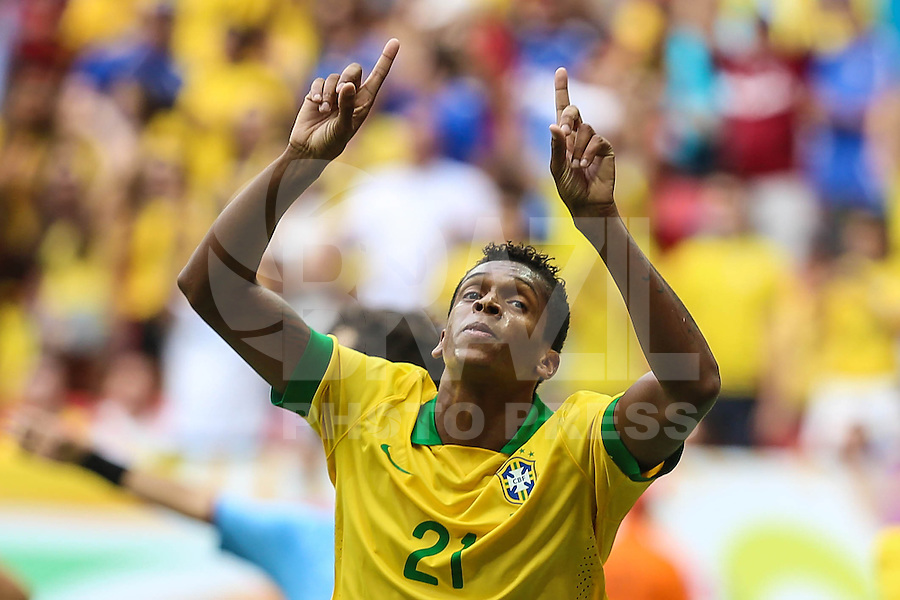 Jo, do Brasil durante o amistoso contra a Austrália, realizado neste sábado no Estádio Mané Garrincha, em Brasília (DF). (Foto: Thiago Ferreira / Brazil Photo Press).