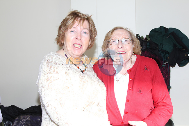 Vera Floody and Dymphna Daly at the dancing classes in Ballsgrove community centre..Picture: Fran Caffrey / www.newsfile.ie ..