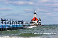 64795-02710 St. Joseph North Pier Lighthouses St. Joseph, MI