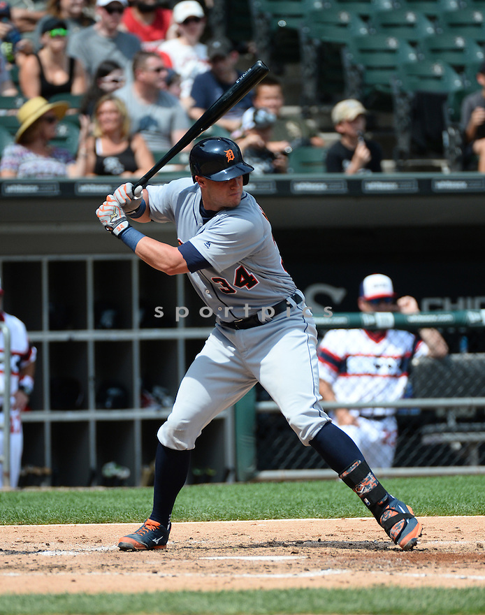 Detroit Tigers James McCann (34) during a game against the Chicago White Sox on July 24, 2016 at US Cellular Field in Chicago, IL. The White Sox beat the Tigers 5-4.