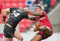 Picture by Allan McKenzie/SWpix.com - 07/04/2018 - Rugby League - Betfred Super League - Salford Red Devils v Warrington Wolves - AJ Bell Stadium, Salford, England - Warrington's Dominic Crosby is tackled by Salford's Ben Nakubuwai.