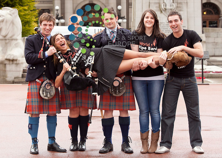 L-R, Grant cassidy, Louise Augaitis, Steven Smeddan, Tricia Mullan, Jonathan Graham.  Harry Potter star Natalia Tena, says pick up the pipes, Natalia is ambassador of piping live, at the Glasgow International Piping Festival 8-14 August Glasgow Green  . Picture: Johnny Mclauchlan Universal News and Sport (Europe). 3105/2011