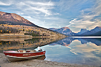 Ref fishing boat, Green River Lakes, Wind River Mountains, Square Top Peak, Pinedale, Wyoming