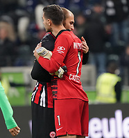 Torwart Koen Casteels (VfL Wolfsburg mit Bas Dost (Eintracht Frankfurt) - 23.11.2019: Eintracht Frankfurt vs. VfL Wolfsburg, Commerzbank Arena, 12. Spieltag<br /> DISCLAIMER: DFL regulations prohibit any use of photographs as image sequences and/or quasi-video.