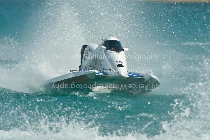 8-10 August 2008  Algonac, MI USA.Jeff Shepard races in rough water and blinding spray..©F.Peirce Williams 2008