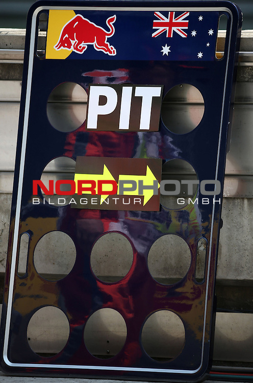 12.04.2015, Shanghai-International-Circuit, Schanghai, CHN, Gro&szlig;er Preis von China / Schanghai 2015, im Bild  China GP Impressions<br /> for the complete Middle East, Austria &amp; Germany Media usage only!<br />  Foto &copy; nph / Mathis