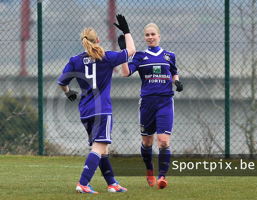 RSC Anderlecht Dames : Stephanie Van Gils .foto DAVID CATRY / Vrouwenteam.be