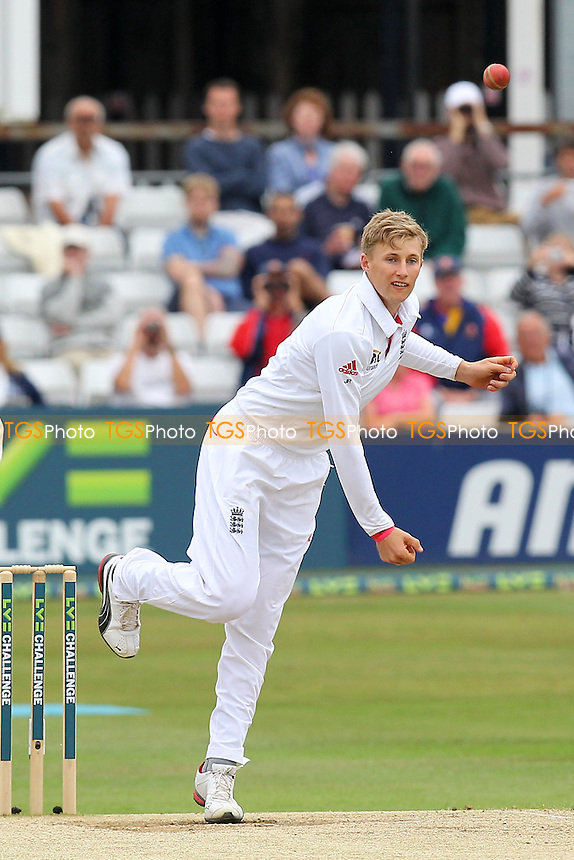 Joe Root in bowling action for England - Essex CCC vs England - LV Challenge Match at the Essex County Ground, Chelmsford - 02/07/13 - MANDATORY CREDIT: Gavin Ellis/TGSPHOTO - Self billing applies where appropriate - 0845 094 6026 - contact@tgsphoto.co.uk - NO UNPAID USE