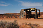 An abandoned souvenir stand along Highway 163 in Monument Valley.