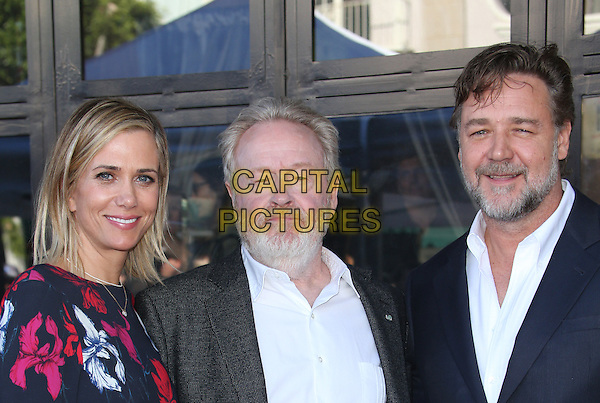 Hollywood, CA - November 05 Kristen Wiig, Ridley Scott, Russell Crowe Attending Ridley Scott Honored With Star On The Hollywood Walk Of Fame At On The Hollywood Walk Of Fame On November 05, 2015. <br /> CAP/MPI/FS<br /> &copy;FS/MPI/Capital Pictures