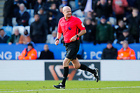 1st February 2020; King Power Stadium, Leicester, Midlands, England; English Premier League Football, Leicester City versus Chelsea; Referee Lee Mason