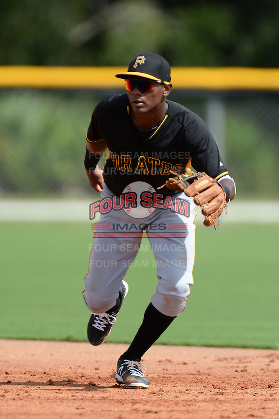 Pittsburgh Pirates second baseman Nelson Jorge (61) during an Instructional League game against the Tampa Bay Rays on September 27, 2014 at the Charlotte Sports Park in Port Charlotte, Florida.  (Mike Janes/Four Seam Images)