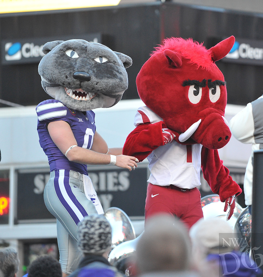NWA Democrat-Gazette/MICHAEL WOODS &bull; @NWAMICHAELW<br /> The parade before the University of Arkansas Razorbacks take on the Kansas State wildcats in the 57th annual AutoZone Liberty Bowl January 2, 2016.
