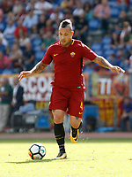 Calcio, Serie A: Roma vs Udinese. Roma, stadio Olimpico, 23 settembre 2017.<br /> Roma&rsquo;s Radja Nainggolan in action during the Italian Serie A football match between Roma and Udinese at Rome's Olympic stadium, 23 September 2017. Roma won 3-1.<br /> UPDATE IMAGES PRESS/Riccardo De Luca