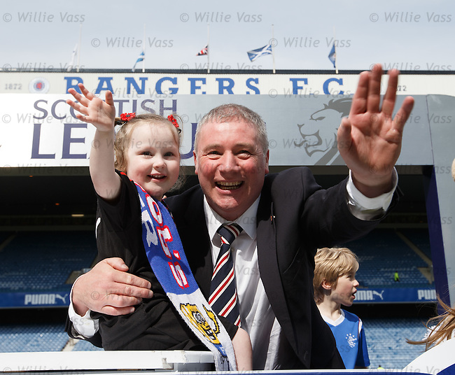 Ally McCoist on the podium with the players kids