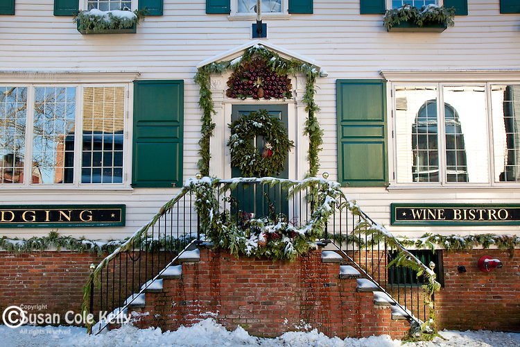 B&B on Banister Wharf decorated for Christmas in Newport, RI, USA