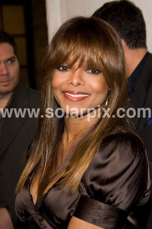 **ALL ROUND PICTURES FROM SOLARPIX.COM**.Janet Jackson arrives for the Songs of Hope IV at Esquire House 360 Degrees in Beverly Hills on 01.11.06. JOB REF: 3080/PHZ..**MUST CREDIT SOLARPIX.COM OR DOUBLE FEE WILL BE CHARGED**
