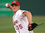 06 May 2006: RHP Michael Bowden of the Greenville Drive, the Boston Red Sox affiliate of the Class A South Atlantic League, in a game against the Rome Braves. Photo by Tom Priddy. All rights reserved. Contact tom@tompriddy.com or http://www.tompriddy.com.