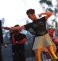 La cantante Ana Victoria durante su presentacion en el concierto Exa 2013 en Leon Guanajuato.<br /> (*Foto:TiradorTercero/NortePhoto*)