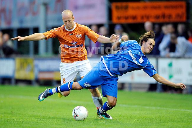 voetbal wke - gvvv knvb beker seizoen 2010-2011 25-08-2010 joey snijders met erik eleveld.