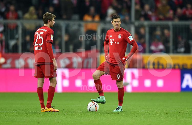 FUSSBALL  1. BUNDESLIGA  SAISON 2015/2016  24. SPIELTAG FC Bayern Muenchen - 1. FSV Mainz 05       02.03.2016 Thomas Mueller (li) und Robert Lewandowski (re, beide FC Bayern Muenchen) sind nach dem 1:2 enttaeuscht
