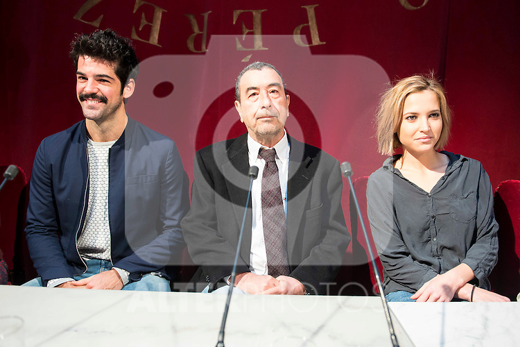 """Miguel Angel Muñoz, Jose Luis Garci and Ana Carlota Fernandez during the presentation of the new production of the Spanish Theater """"Arte Nuevo""""  at spanish theater in Madrid, February 16, 2016<br /> (ALTERPHOTOS/BorjaB.Hojas)"""