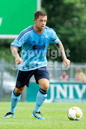 EMMEN - FC Emmen - Ajax voorbereiding  seizoen 2011-2012 , 09-07-2011 Ajax speler Theo Janssen.