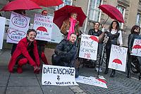 """Aktion in Berlin gegen Zwangs-Registrierung von Sexarbeitenden.<br /> Am Freitag den 8. Dezember 2017 versammelten sich Sexarbeiterinnen vor dem Bezirksamt Tempelhof-Schoeneberg um gegen die Zwangsregistrierung nach dem """"Prostituierten Schutz Gesetz"""" zu protestieren. Das Gesetz verpflichtet die Branche zu regelmaessigen gesundheitlichen Beratungen und zur Registrierung als Prostituierte. Die Anmeldebescheinigung muss bei der Arbeit mit sich gefuehrt werden. Dieser """"Prostituierten-Ausweis"""" ist versehen mit einem Foto und darf auf den Kuenstlernamen ausgestellt werden.<br /> Der angebliche Schutz durch das Gesetz (ProstSchG) ist nach Angeben der protestierenden """"fuer die meisten Sexarbeitenden eine Katastrophe. Der Beruf der Prostituierten ist noch lange nicht gesellschaftlich akzeptiert, sondern immer noch hoch stigmatisiert"""". Die Registrierung sei ein Zwangsouting, was irreparable Folgen haben koenne - besonders fuer Alleinerziehende, Studierende und Migrantinnen aus Laendern, wo die Prostitution verboten ist.<br /> 8.12.2017, Berlin<br /> Copyright: Christian-Ditsch.de<br /> [Inhaltsveraendernde Manipulation des Fotos nur nach ausdruecklicher Genehmigung des Fotografen. Vereinbarungen ueber Abtretung von Persoenlichkeitsrechten/Model Release der abgebildeten Person/Personen liegen nicht vor. NO MODEL RELEASE! Nur fuer Redaktionelle Zwecke. Don't publish without copyright Christian-Ditsch.de, Veroeffentlichung nur mit Fotografennennung, sowie gegen Honorar, MwSt. und Beleg. Konto: I N G - D i B a, IBAN DE58500105175400192269, BIC INGDDEFFXXX, Kontakt: post@christian-ditsch.de<br /> Bei der Bearbeitung der Dateiinformationen darf die Urheberkennzeichnung in den EXIF- und  IPTC-Daten nicht entfernt werden, diese sind in digitalen Medien nach §95c UrhG rechtlich geschuetzt. Der Urhebervermerk wird gemaess §13 UrhG verlangt.]"""