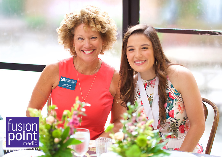 Distinguished Young Women Bellingrath Gardens Visit 2017.