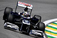 ATENCAO EDITOR: FOTO EMBARGADA PARA VEICULO INTERNACIONAL - SAO PAULO, RJ, 23 DE NOVEMBRO 2012 - O piloto Pastor Maldonado da Williams é visto durante a primeira sessão de treinos livres para o Grande Prêmio do Brasil de Fórmula 1, no Autódromo José Carlos Pace (Interlagos), na zona sul de São Paulo, nesta sexta-feira (23). A prova está marcada para as 14h do domingo (23). FOTO: PIXATHLON - BRAZIL PHOTO PRESS.