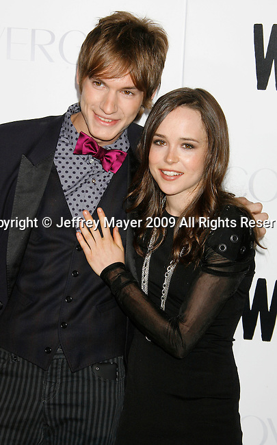 """HOLLYWOOD, CA. - September 29: Landon Pigg and Ellen Page arrive at the Los Angeles premiere of """"Whip It"""" at the Grauman's Chinese Theatre on September 29, 2009 in Hollywood, California."""