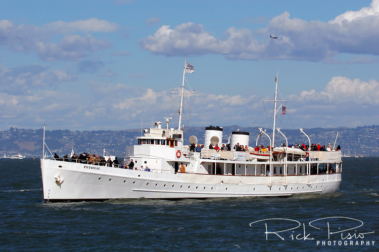 Franklin Delano Roosevelt's former presidential yacht USS Potomac (AG-25) carries passengers along the San Franccisco waterfront during 2007 San Francisco Fleet Week activities. Formerly the USCGC Electra,the vessel served as presidential yacht from 1936 until his death in 1945. It is one of only three still existing presidential yachts.<br />