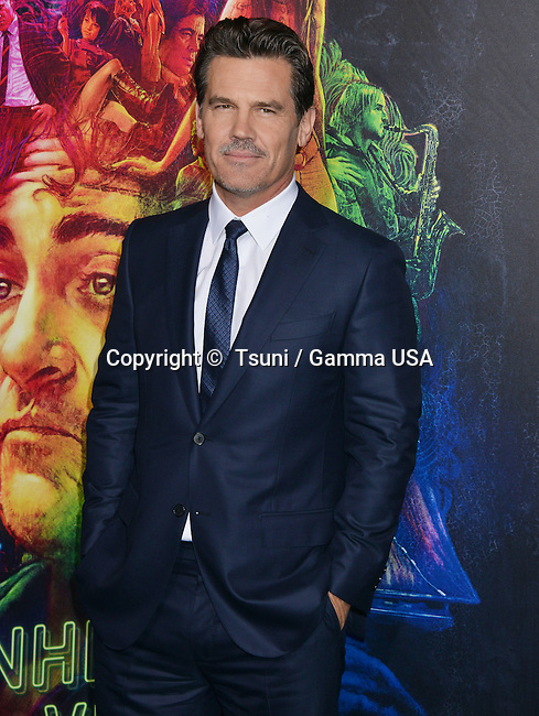 James Brolin 136 at the  Inherent Vice  Premiere at the TCL Chinese Theatre in Los Angeles.
