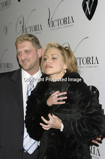 Rob Jewel and Brittany Murphy<br />
