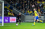 Solna 2015-10-12 Fotboll EM-kval , Sverige - Moldavien :  <br /> Sveriges Zlatan Ibrahimovic g&ouml;r 1-0 under matchen mellan Sverige och Moldavien <br /> (Photo: Kenta J&ouml;nsson) Keywords:  Sweden Sverige Solna Stockholm Friends Arena EM Kval EM-kval UEFA Euro European 2016 Qualifying Group Grupp G Moldavien Moldova jubel gl&auml;dje lycka glad happy