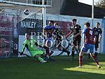 Drogheda United hits crossbar. Photo:Colin Bell/pressphotos.ie