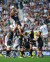 Kelly Brown of Saracens outjumps Joe Launchbury of Wasps during the Premiership Rugby Round 1 match between Saracens and Wasps at Twickenham Stadium on Saturday 6th September 2014 (Photo by Rob Munro)