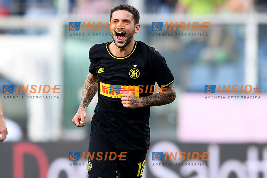 Stefano Sensi of FC Internazionale celebrates after scoring the goal of 0-1 for his side <br /> Genova 28-09-2019 Stadio Luigi Ferraris Football Serie A 2018/2019 Sampdoria - FC Internazionale  <br /> Photo Image Sport / Insidefoto
