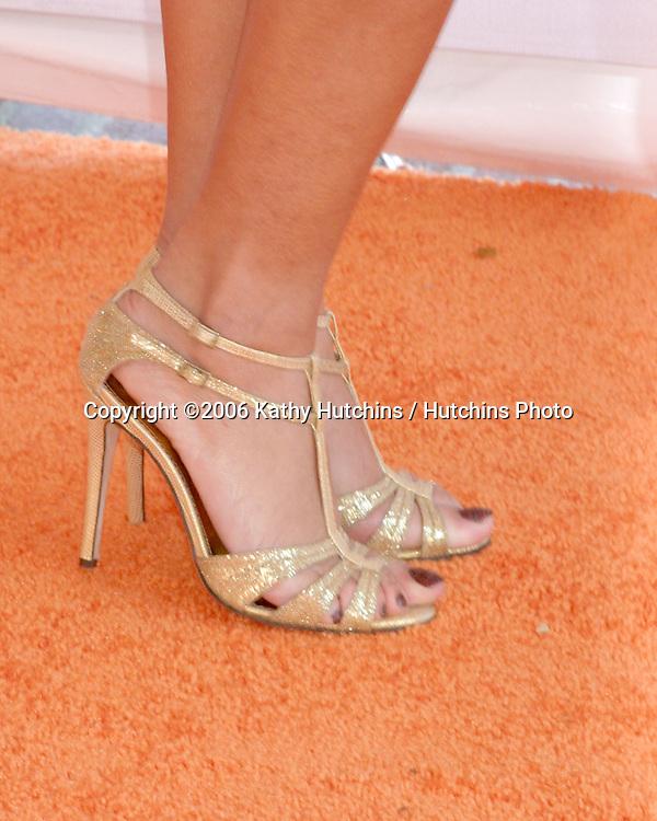 Rihanna.Nickelodeon Kid's Choice Awards.Pauley Pavillion, UCLA.Westwood, CA.April 1, 2006.©2006 Kathy Hutchins / Hutchins Photo....