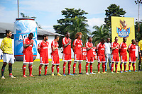 CALI -COLOMBIA-19-04-2015. Jugadores de América de Cali  durante los actos protocolarios previo al encuentro con Depor FC por la fecha 10 de del Torneo Àguila 2015 jugado en el estadio Cacique Jamundí del municipio de Jamundí./ Players of America de Cali during formal events prior the match against Depor Fc for the 10th date of Aguila Tournament 2015 played at Cacique Jamundi in Jamundi city stadium in Cali city. Photo: VizzorImage/ Juan C. Quintero /Cont