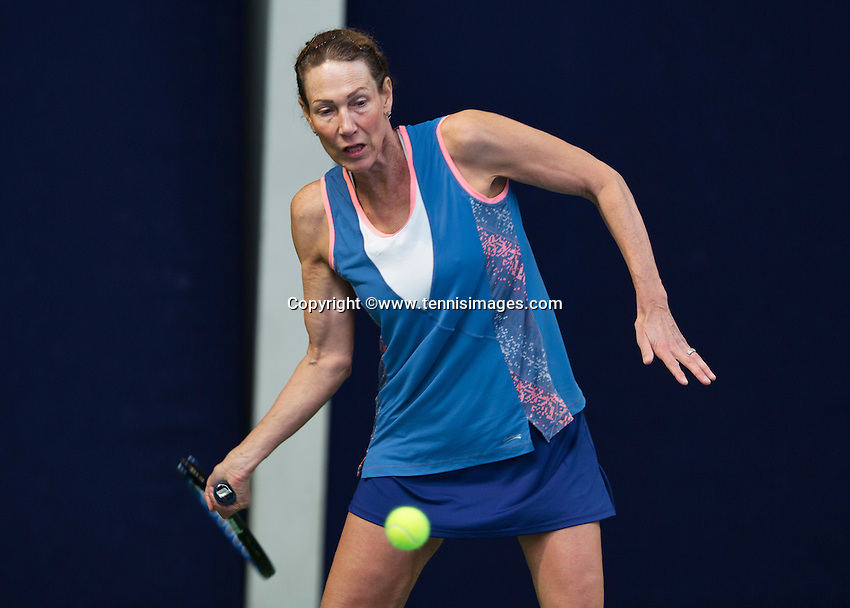 Hilversum, The Netherlands, March 12, 2016,  Tulip Tennis Center, NOVK, Carole de Bruin (NED)<br /> Photo: Tennisimages/Henk Koster
