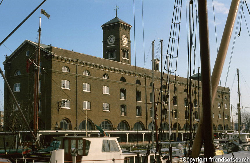 London:  St. Katherine's Dock.  Photo  2005.