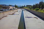 Los Angeles River, Studio City, Los Angeles, California, USA